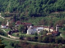 © Božidar Vitas, mesto-sobranja-manastir-studenica