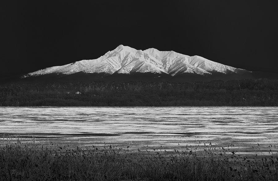 © Jiongxin Peng, Snow-Mountain