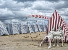 © Marcel Van Balken, Beachparty