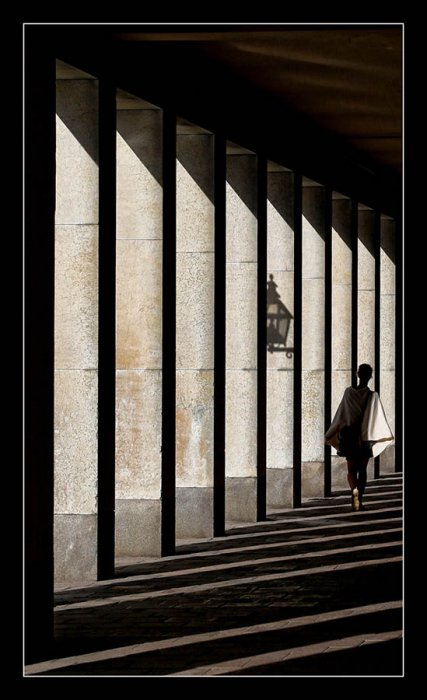 Senka_Nils-Erik_Jerlemar_Sweden_Woman_and_Shadow
