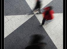 Crveno_Nils-Erik_Jerlemar_Sweden_Motion_in_Triangles_No_4