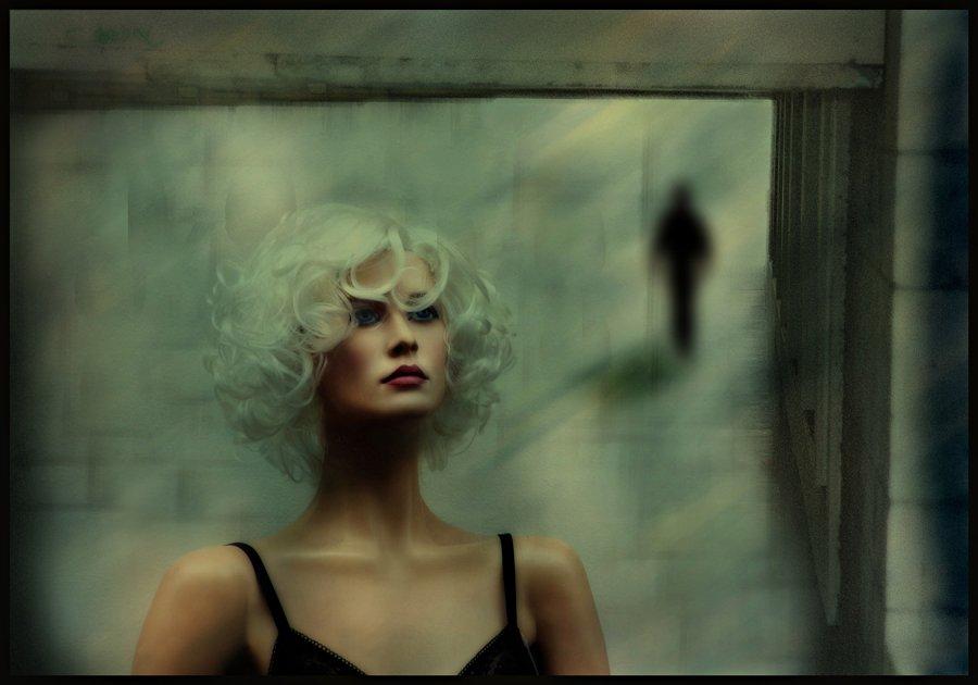 © Ole Suszkiewicz, Lonely Beauty