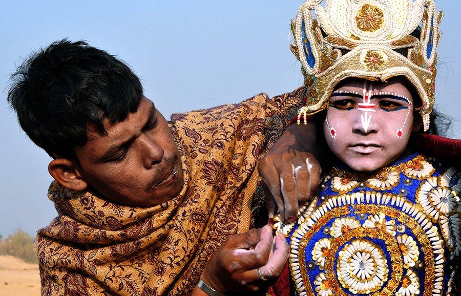 © Sanjoy Bhattacharya, FINISHING-TOUCH