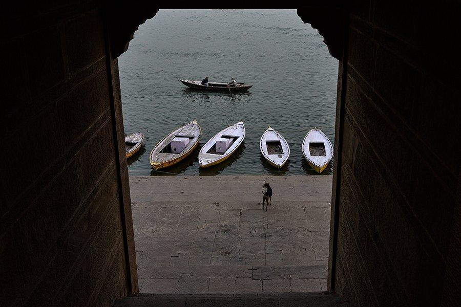 © Sanjoy Bhattacharya, THE-OUTSIDE-WORLD